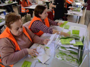 Escrutinio de votos y Manuel Bartual va en cabeza